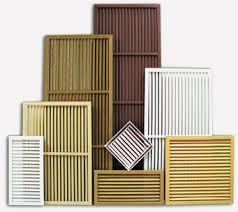 reshetka-na-radiator-udobno-praktichno-estetichno