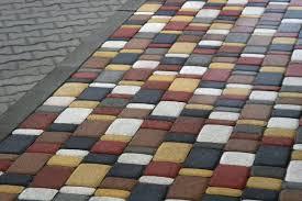 Преимущества изготовления вибропрессованной плитки.